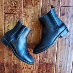 Llbean leather Chelsea boots